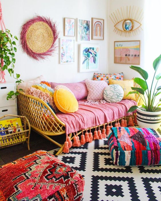 20 Bright And Colorful Home Decor Ideas To Try In 2020 Glam Vapours